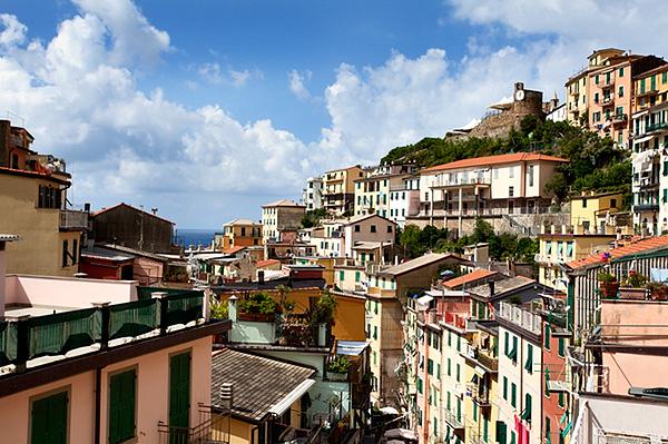 Rooftops above Via Colombo in Riomaggiore