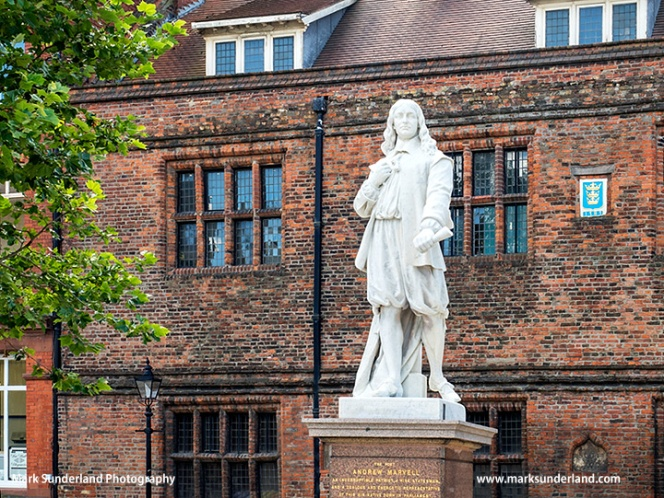 Andrew Marvell Statue in Hull