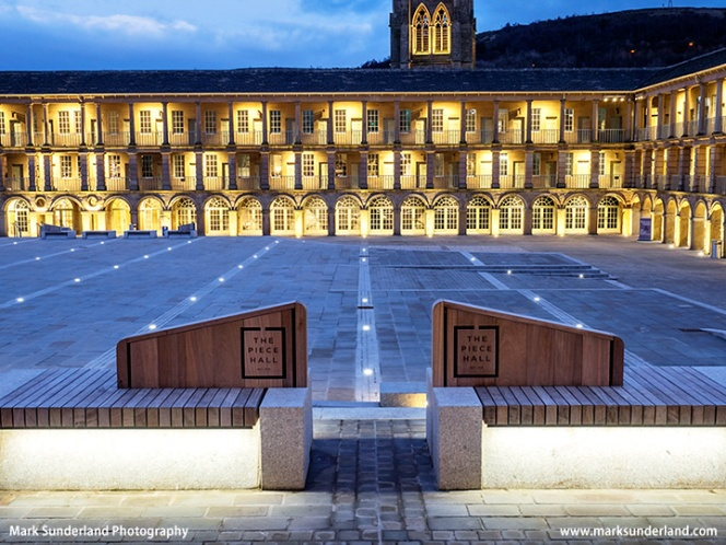 The Piece Hall at dusk