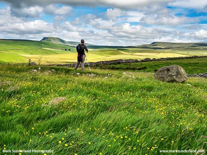 Photographing Pen Y Ghent near Stainforth