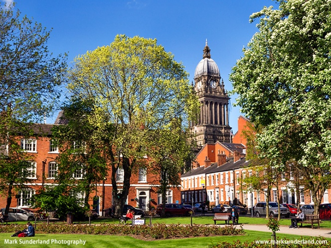 Leeds Town Hall from Park Square
