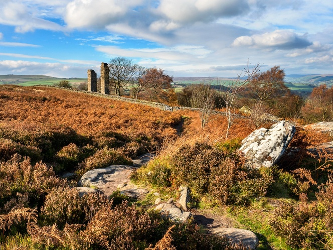 Yorkes Folly or Two Stoops in autumn on Guise Cliff