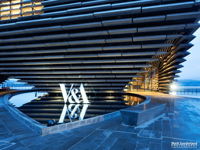 V&A Dundee Design Museum at Dusk
