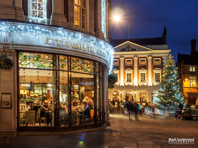 St Helens Square at Christmas in York